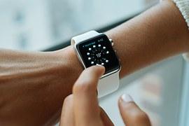 smart-watch-e137b00a2d_180